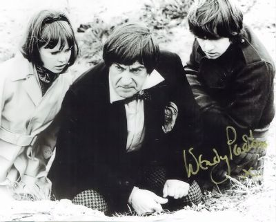 Wendy Padbury Autograph Photo Signed - Dr Who